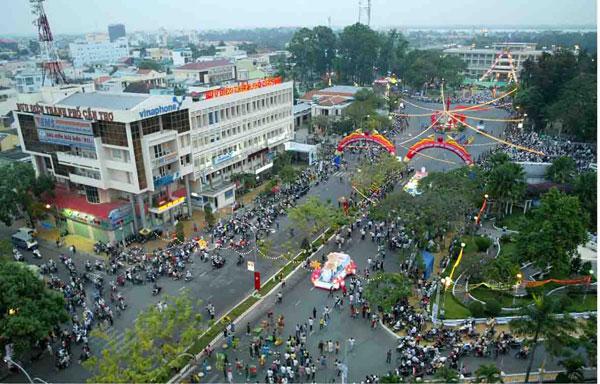 Phố phường tấp nập tại Thành phố Cần Thơ